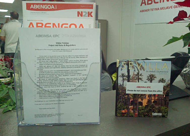 Libro Maratania en en la sede de abengoa en california