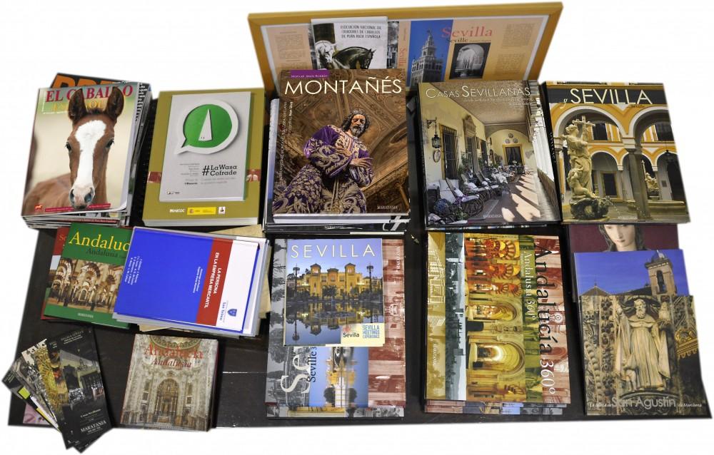 Libros en mesa 5